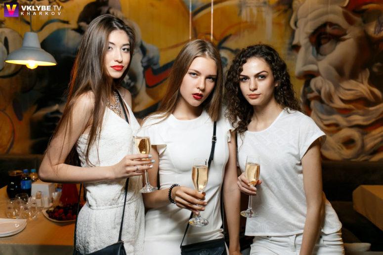 white-party (2)